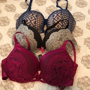 3 Victoria's Secret Push Up Bras
